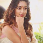 Anu Emmanuel, wallpaper, hd, saree, cute, Shailaja Reddy Alludu