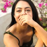 Anya Singh, Kannaadi Actress, smile, black inner