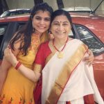 Chinmayi, rare, smile, mom