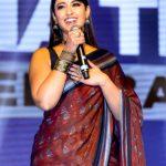 Ileana D'Cruz, press meet, hips, saree, tamil actress