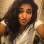 Indhuja, selfie, funny, kiss