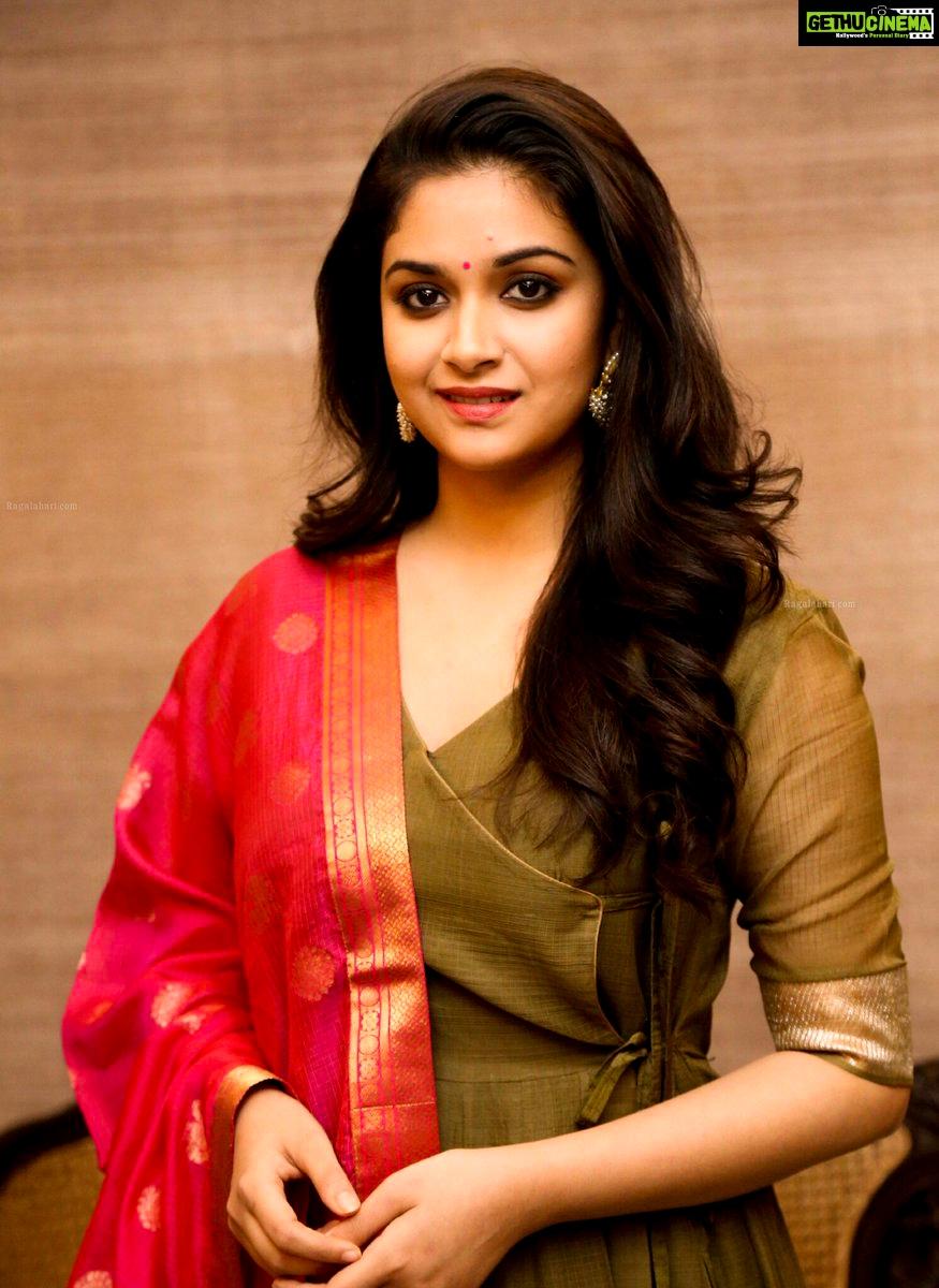 suresh keerthy keerthi saree actress latest malayalam indian actresses aka keerti sandakozhi beauty gethucinema telugu tags event
