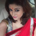 Oviya helen, red saree, selfie