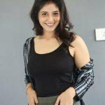 Priyanka Jawalkar, Taxiwala actress, wallpaper, photo shoot