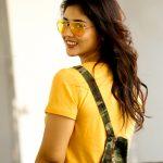 Priyanka Jawalkar, wallpaper, taxiwaala