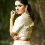 Vani Bhojan, charming, side view
