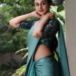 Aishwarya Arjun, glamour, saree, wallpaper