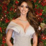 Disha Patani, flowers, smile, charming