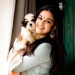 Keerthy Suresh, hd, latest, smile, pet animal