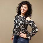 Maalavika Sundar,  Singer, smile, new look, 2018, modern