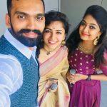 Maalavika Sundar,  tamil singers