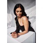Malavika Mohanan, Photoshoot, shy, glamour, black dress