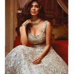 Malavika Mohanan, photoshoot, glamour, tamil actress