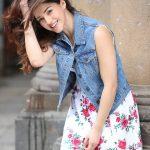 Mehrene Kaur Pirzada, smile, tamil actress, kavacham movie