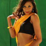 Miya Rai Leone, Ivanukku Engeyo Macham Irukku Actress, Tamil debut, delicious