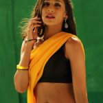 Miya Rai Leone, Ivanukku Engeyo Macham Irukku Actress, yellow saree