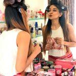 Sakshi Agarwal, Jeyikkira Kuthira Actress, hair style