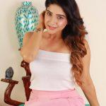 Sakshi Agarwal, Jeyikkira Kuthira Actress, latest