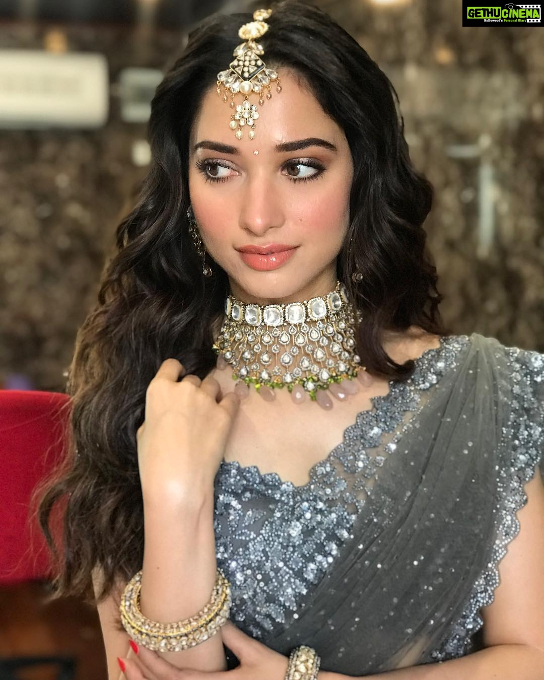 Tamannaah Bhatia Saree Traditional Look Wallpaper Gethu Cinema