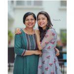 Varsha Bollamma, smile, mom, tamil actress