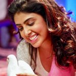 irra mor, Bhairava Geetha Actress, bird, pura, smile, selfie