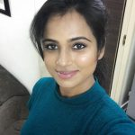 ramya pandian, without makeup, selfie