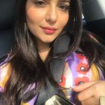 Aanchal Munjal, hair style, car, sefie, bollywood