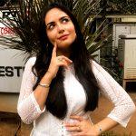 Aanchal Munjal, thinking, recent, actress