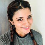 Aathmika, selfie, actress, Naragasooran