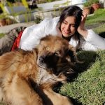 Adah Sharma, dog, grass, lying