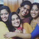 Aditi Ravi, Naam Actress, smile, friends