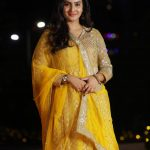 Aditi Ravi, Naam Actress, yellow chudi, lovable