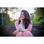 Aparna Balamurali, smile, chudi