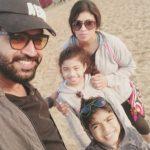 Arun Vijay, smile, selfiel, family, hd
