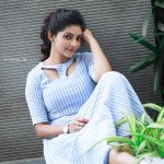 Athulya Ravi, Naadodigal 2 Actress, pose, dazzling