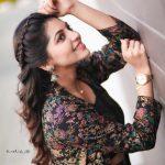 Athulya Ravi, Suttu Pidikka Utharavu Heroine,  smile, side view, handsome