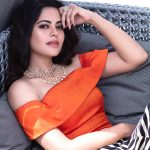 Bindu Madhavi, Pughazhendi Ennum Naan Heroine, orange dress, naughty
