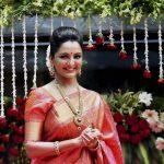 Manju Warrier, Lucifer Actress, pattu saree