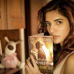 Natasha Singh, Gypsy Actress, reading book, hd, cover pics