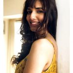 Natasha Singh, smile, Gypsy actress