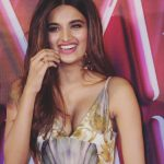 Nidhhi Agerwal, Mr. Majnu Actress, smile