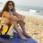 Poonam Bajwa, beach, winsome