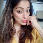 Raai Laxmi, selfie, tamil actress, hd, cute