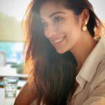 Raai Laxmi, wallpaper, hd, cute, tamil actress