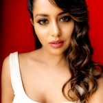Raiza Wilson, wallpaper, cute, hd, tamil actress
