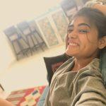 Shalini Pandey, Gorilla Heroine, selfie, home, smile