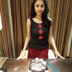 Suza Kumar, cake, ethir neechal