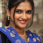 Vasundhara Kashyap, Kanne Kalaimaane Actress, sall, smile