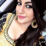 Yashika Aannand, hair style, selfie, actress