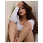 kavya thapar, Market Raja mbbs Actress, lovely
